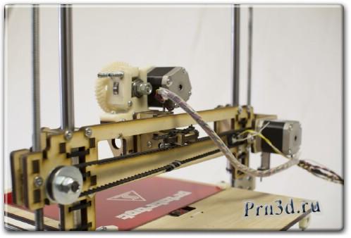 трехмерный принтер Printrbot